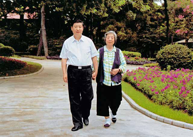 """超过6.8亿人次参与 """"牵妈妈的手""""留住今年春节最暖心的记忆"""